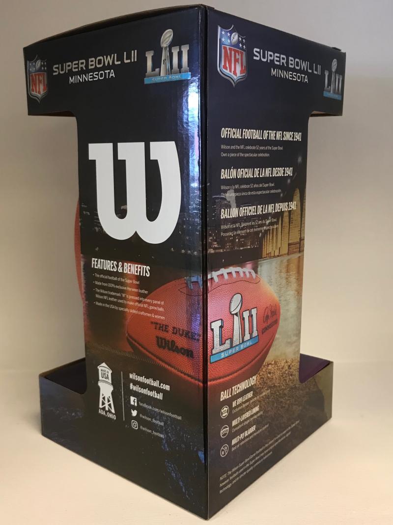 Super Bowl 52 Football - Game Model  9892838ea